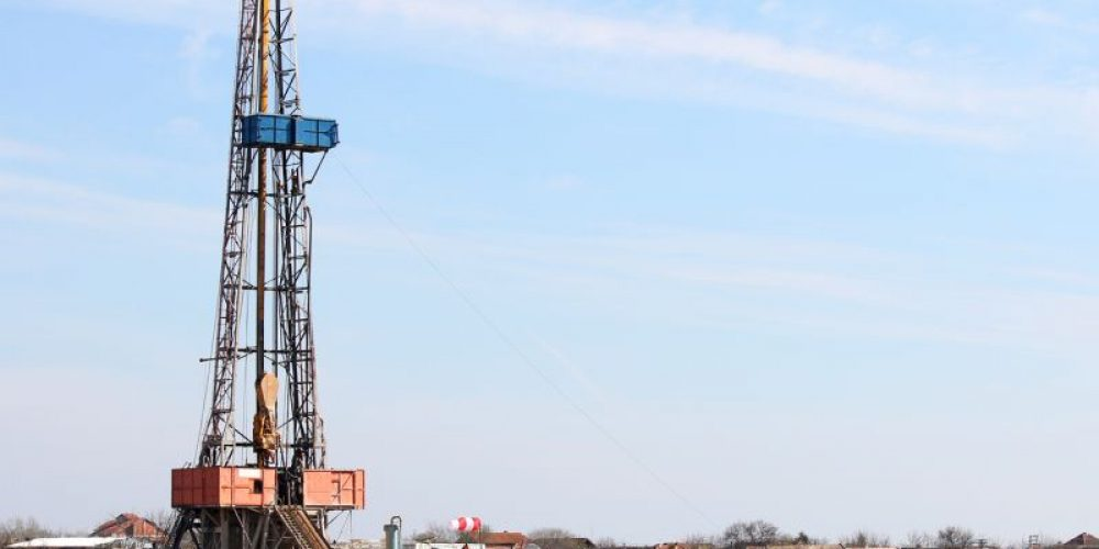 Living Near Oil, Gas Wells Tied to Low Birth Weight Infants