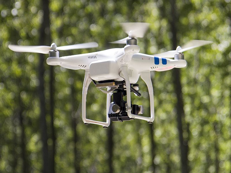 News Picture: Doctors Describe First Drone Delivery of Diabetes Meds to Patient