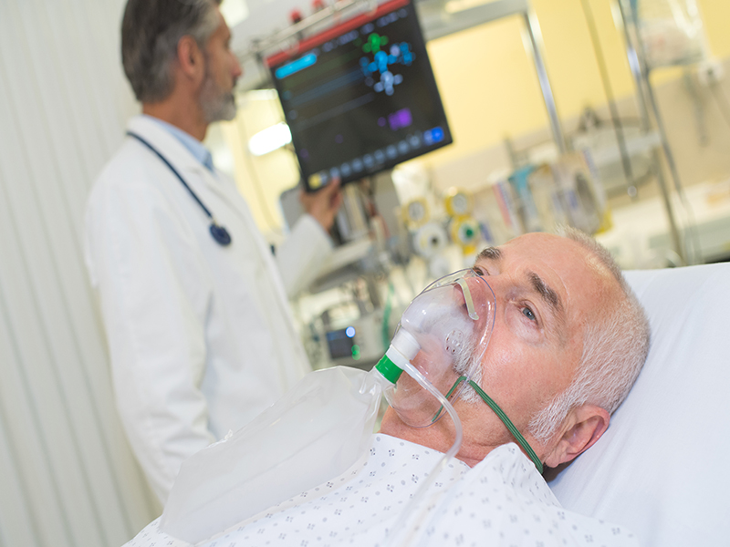 News Picture: Pneumonia More Deadly Than Hip Fractures for Hospitalized Seniors